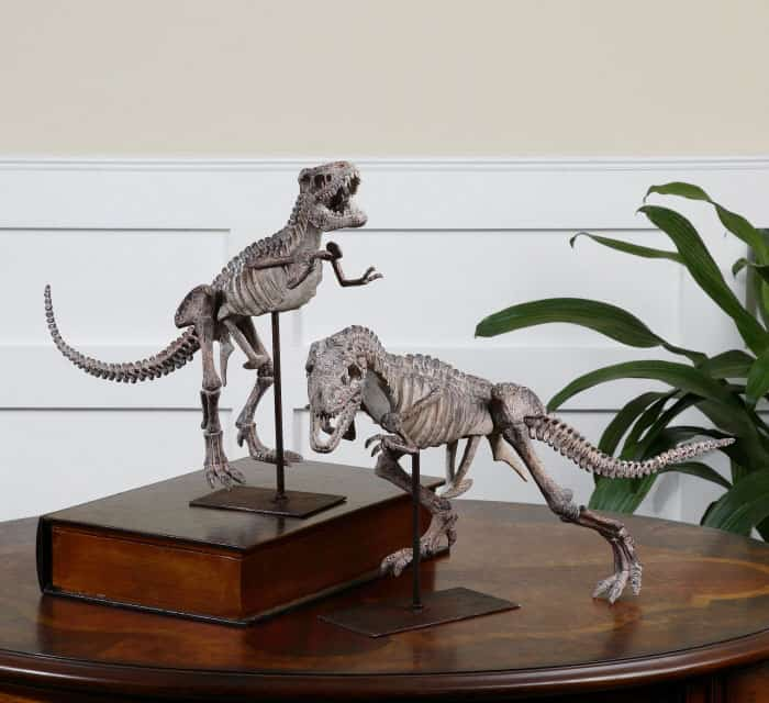 small dinosaur statues