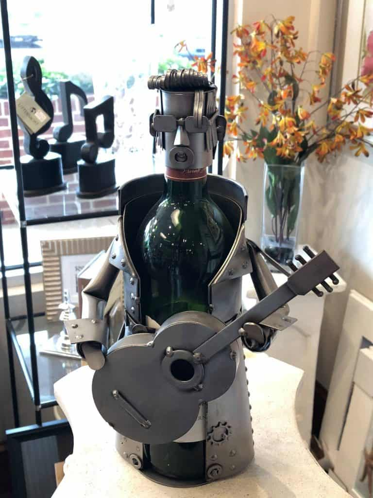 Elvis Presley metal wine bottle holder
